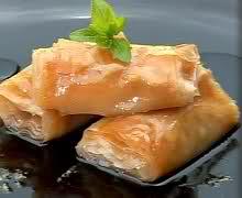 Баклавички с локум и орехови ядки