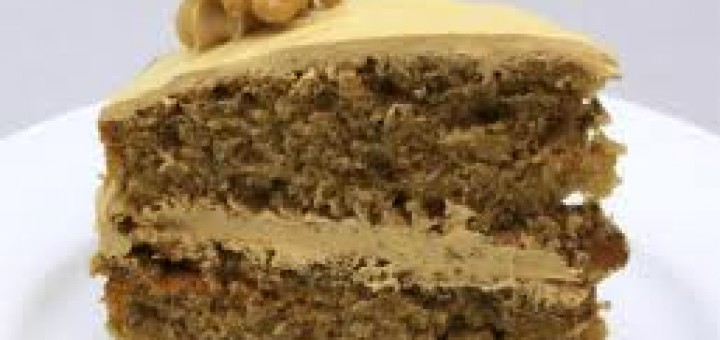 Голяма орехова торта