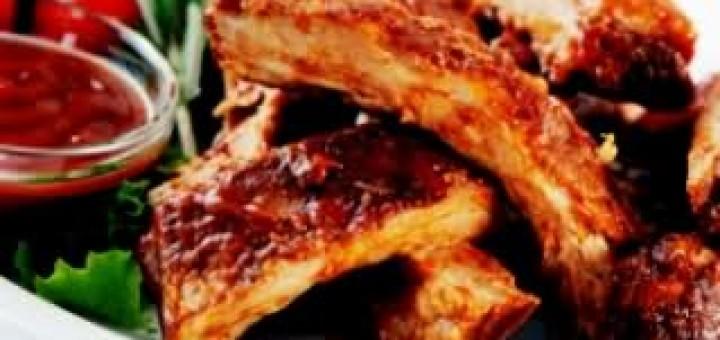 Пикантни свински ребра