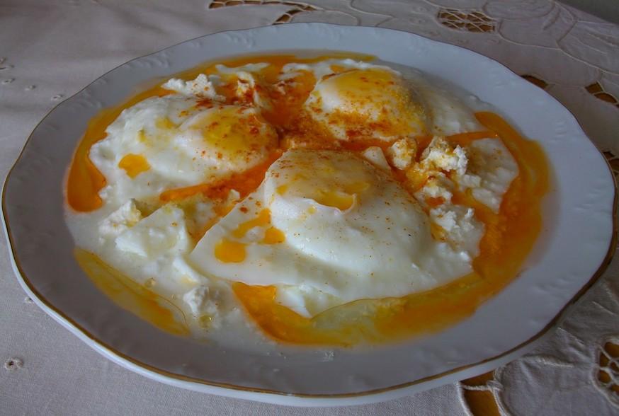Яйца на очи по панагюрски