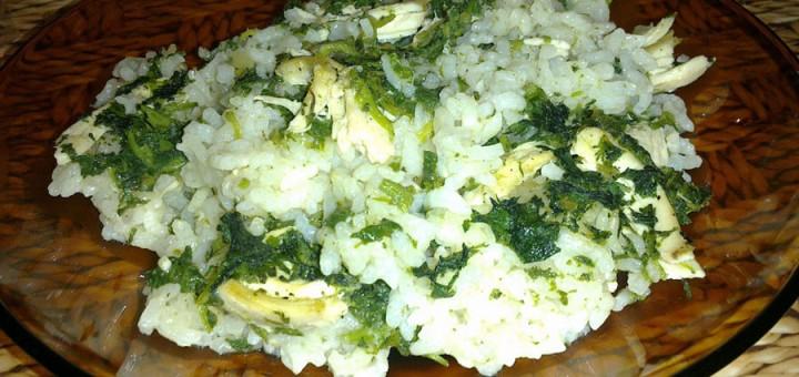 Коприва с ориз и пилешко месо