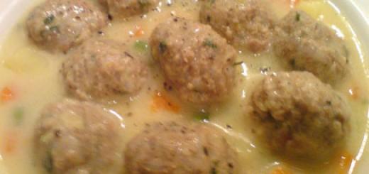 Супа топчета с фиде
