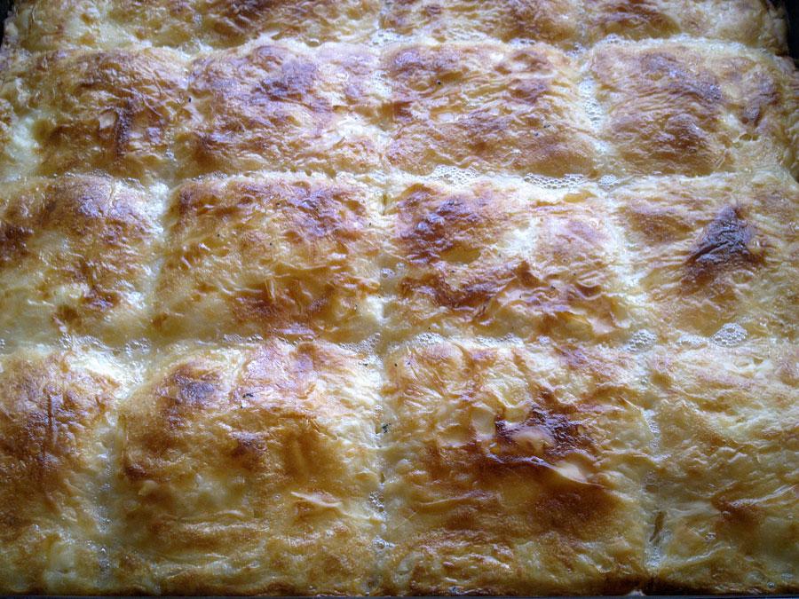 Баница със сирене и кашкавал
