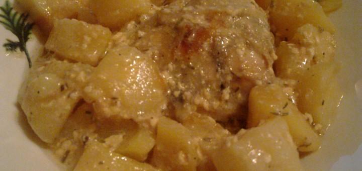 Пилешки бутчета с картофи и топено сирене