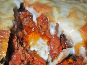 Арабска мусака с пилешко месо и патладжани