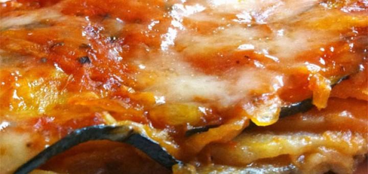 Зеленчукова мусака от картофи с тиквички