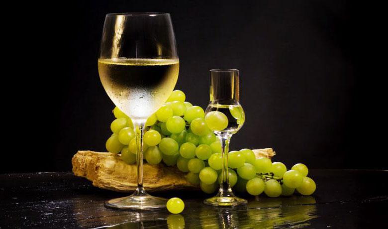 Домашна ракия от грозде