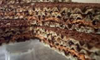 Торта с вафшени кори без термична обработка